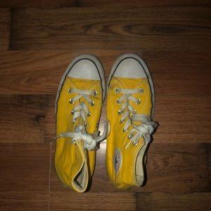 Mustard yellow converse